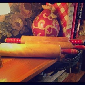 VTG set of 3 rolling pins w/ RED handles